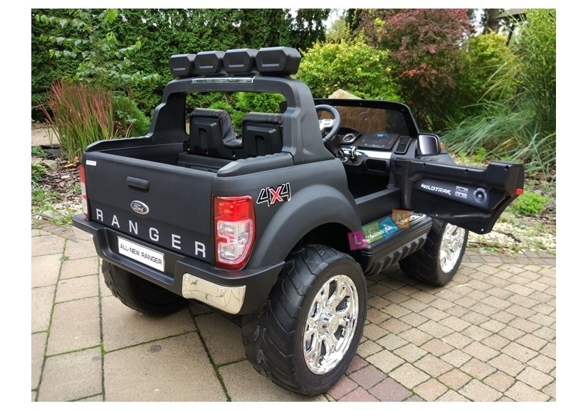 new ford ranger black matt 4x4 electric ride on car electric ride on vehicles cars. Black Bedroom Furniture Sets. Home Design Ideas