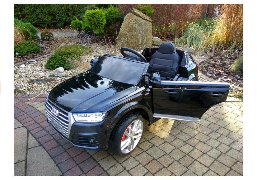 elektroauto f r kinder audi q7 s line schwarz lackiert ledersitz eva reifen elektrofahrzeuge. Black Bedroom Furniture Sets. Home Design Ideas