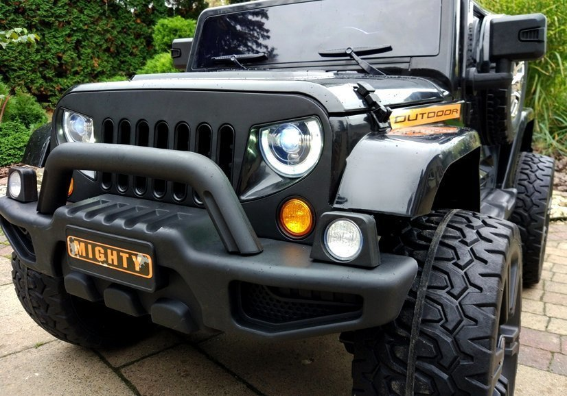 kinderauto jeep hl1668 4x4 akku schwarz auto led lichter. Black Bedroom Furniture Sets. Home Design Ideas