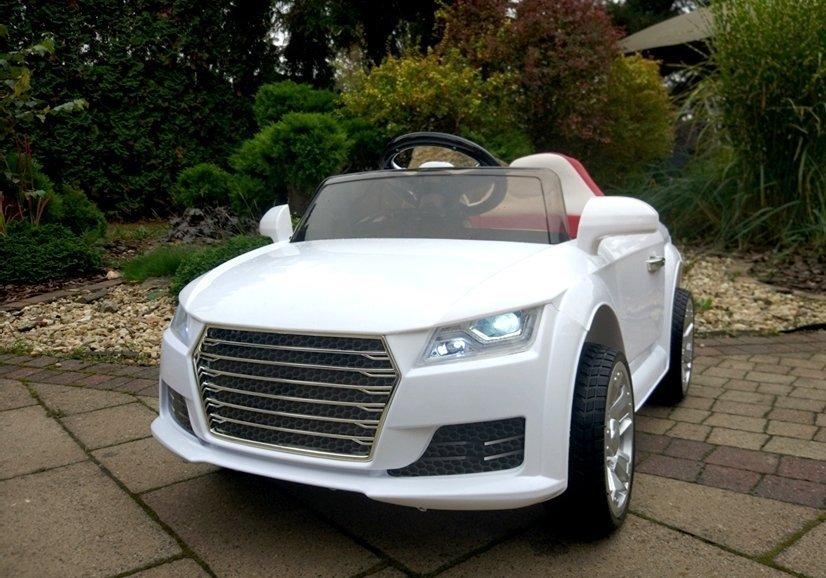 kinderauto mit akku yc518 wei auto f r kinder 2 4g led. Black Bedroom Furniture Sets. Home Design Ideas