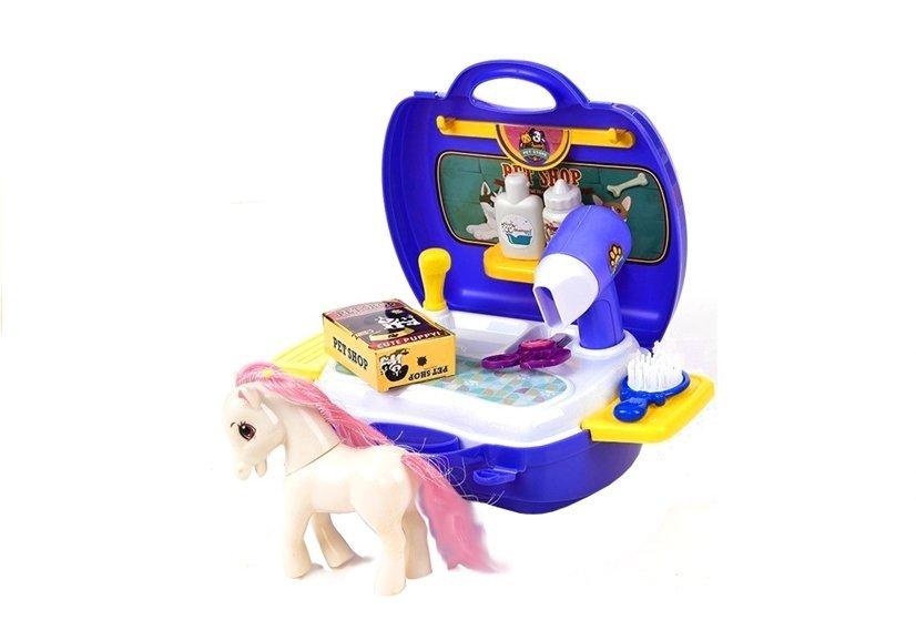 pony im koffer mit umfangreichem zubeh r pet store friseur fris r spielzeug k che. Black Bedroom Furniture Sets. Home Design Ideas